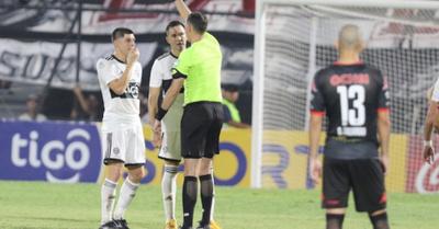 Rojas, suspendido por dos partidos