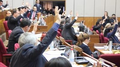 Cuestionan cambios introducidos a proyecto de ley de financiamiento político