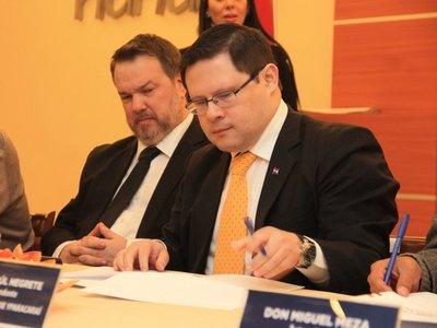 Hacienda confirma que revisará tope de beneficios en empresas públicas