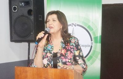 Blanca Ovelar: a favor de la limpieza del dinero sucio, pero se mantendrá en Añetete