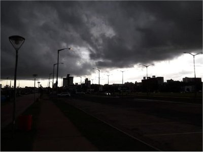 Alerta meteorológica rige para cinco departamentos