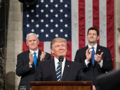 """Trump es absuelto por el Senado en el """"impeachment"""" por presiones a Ucrania"""