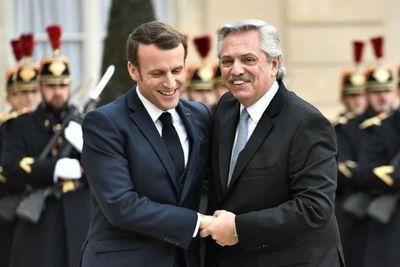 Francia promete respaldo a Fernández en renegociación