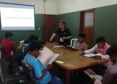Nativos se capacitan para ser guías del Circuito Vivencial del Mundo Guaraní