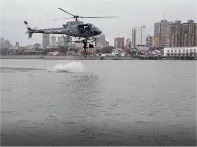 VIDEO: Así fue la práctica del marino que se tiró del helicóptero y se ahogó en la Bahía