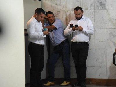Suspenden juicio oral para caseros de oro de Tomás Rivas