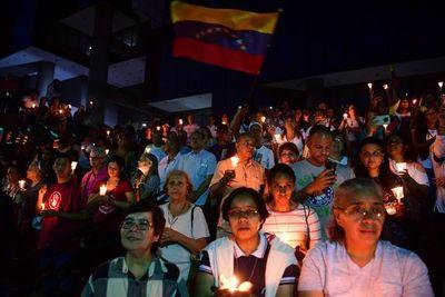 """Fiscalía de Venezuela promete """"máxima justicia"""" en caso de secuestro de mujeres"""