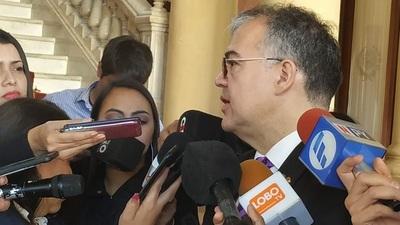 Julio Ullón lanzará su candidatura a Intendente