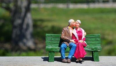 Más allá de los años de aporte: economistas recomiendan reformas integrales para jubilaciones