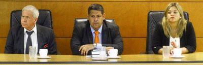Tribunal se presta a dilatar proceso de Camilo Soares