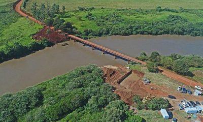 Prosigue construcción de puente entre Cedrales y Minga Guazú