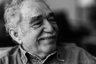 Gabo lee Macondo ... en la primera gran exposición sobre García Márquez