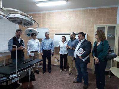 Inauguran mejoras de quirófanos en el Hospital Regional de CDE