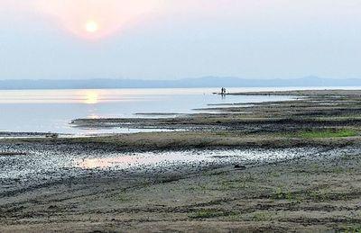Agonizante Lago Ypacaraí espera a experto italiano para nuevo intento de revitalizarlo