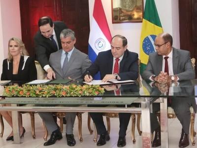 Oficializan firma del acuerdo para el sector automotriz entre Paraguay y Brasil