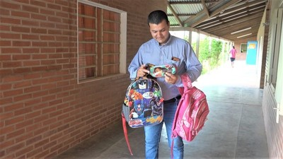 """Una mochila, una sonrisa: la iniciativa que busca reutilizar lo que """"sobra"""""""
