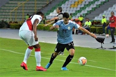 Cerro analiza traer a una 'joya' uruguaya y tiene el once ante la 'U'