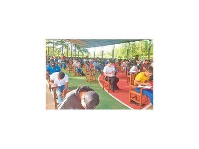 239   pugnan por ingresar al Centro  Agrícola de Itapúa