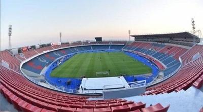 HOY /  Cerro Porteño espera sin público a Universitario