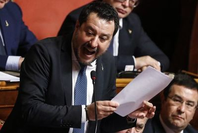 Senado italiano autoriza juicio contra exministro ultraderechista por secuestro de migrantes