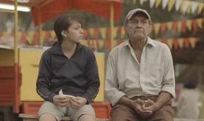 Cine en los barrios, en Encarnación