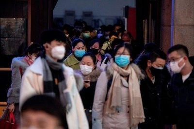 Los muertos por el coronavirus en China se disparan a 1.367 por un cambio de criterio epidemiológico