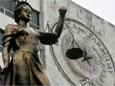 Postulante para ministro de la Corte asegura que no copió en examen