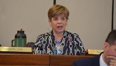 """Senadora califica de """"deplorable"""" actitud de dos candidatos ministro de Corte"""