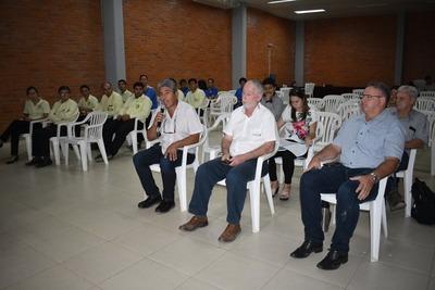 Loma Plata: Casi nula participación ciudadana durante informe de gestión municipal
