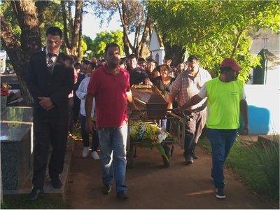 Dan el último adiós a periodista brasileño asesinado en Amambay