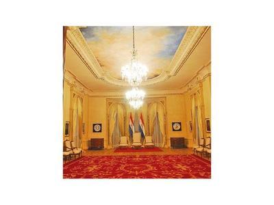 Gastarán G. 314 millones en alfombras para el Palacio