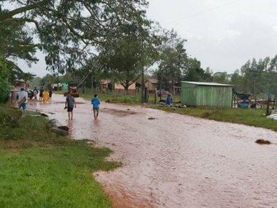 Un fuerte temporal ocasionó serios   daños  en Caazapá y en Misiones
