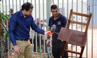 """""""Donar es educar"""", un proyecto para reparar muebles escolares en CDE"""