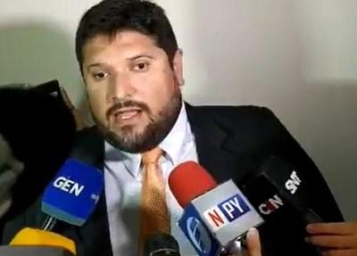 """Defensa de Miguel Cuevas sostiene que """"no hay fundamentos"""" para la prisión preventiva"""