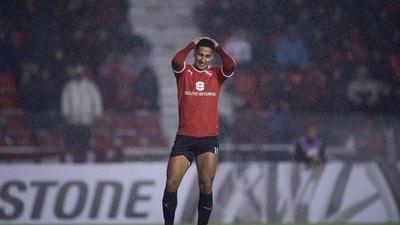 Independiente ganó en la 'Suda' y los hinchas del 'Rojo' reaccionaron contra Cecilio