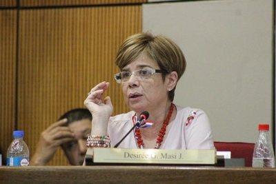 """Masi acusa a Mazzoleni de hacer """"lobby"""" en el Senado"""