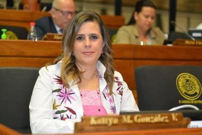 """Financiamiento Político: Según Kattya González, """"ya no se puede legislar vai vai"""""""