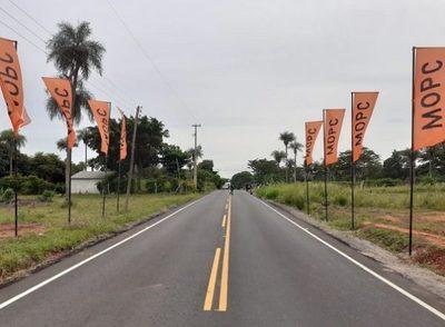 Inauguran tramos asfaltados en Central