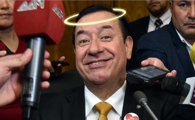 """""""Soy inocente, nunca toqué un alfiler"""", segura diputado Cuevas"""