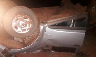 Accidente deja lesionados y cuantiosos daños materiales