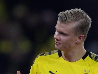El Dortmund golea y presiona al Bayern
