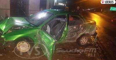 Accidente de tránsito dejó varias pérdidas materiales a un local comercial
