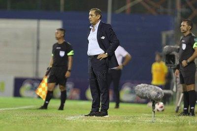 'Al equipo le faltan cosas', admite Ramón Díaz