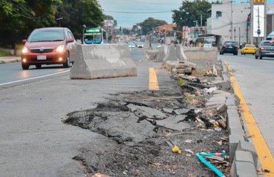 Sigue la impunidad en el fiasco del Metrobús y obras ya se deterioran