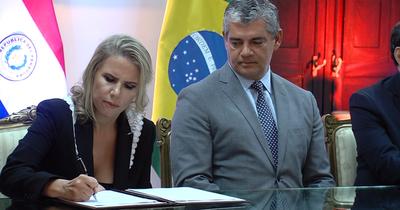 Paraguay y Brasil firman histórico acuerdo automotriz