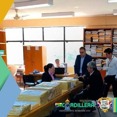 Gobernación realiza apertura de sobres para licitación pública