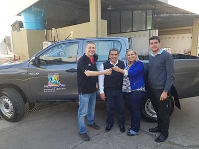 Municipalidad de Isla Pucú adquiere nuevo vehículo para servicio a comunidad