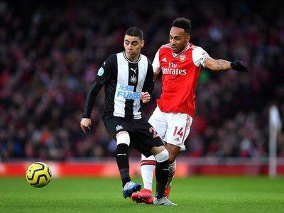 El Arsenal aplasta al Newcastle de Almirón