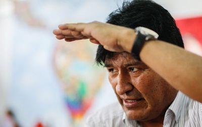 """Evo Morales regresará a Argentina """"muy bien de salud"""" tras una revisión en Cuba"""