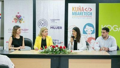Kuña Mbaretech busca soluciones digitales para desafíos de mujeres en situación de vulnerabilidad